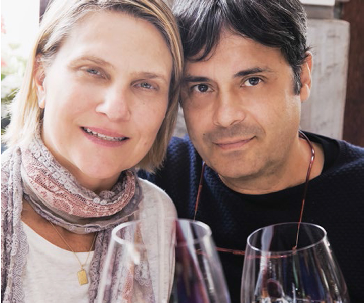 Mu Carvalho e a mulher, Ana Zingoni: companheiros na mesa.