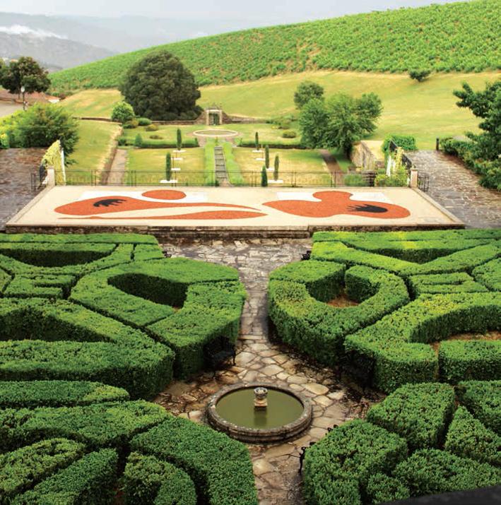Os labirintos verdes nos jardins do Palácio do Cidrô
