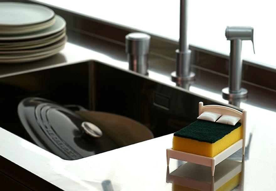 Clean-Dreams-kitchen-sponge-holder-579f5769868fe__880
