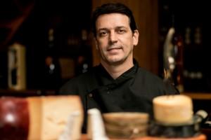 Daniel Martins - especialista em queijos nacionais.